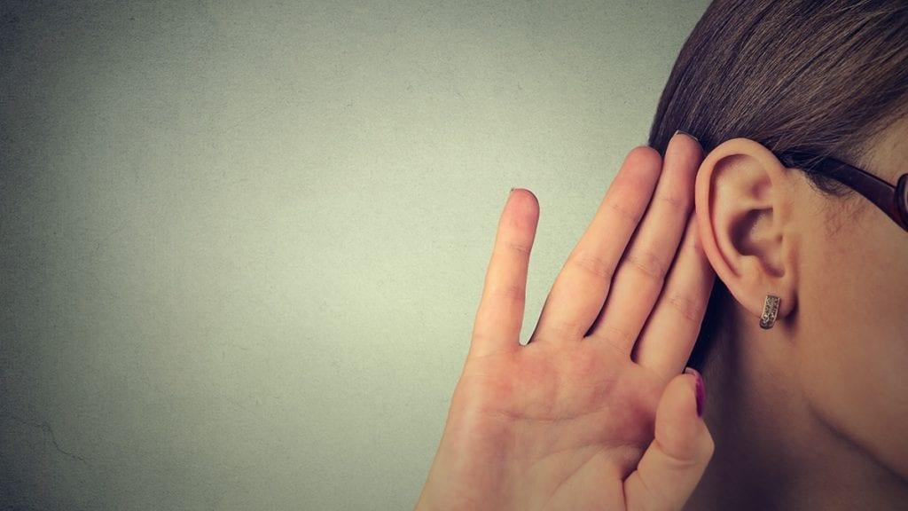 adeedo-listening